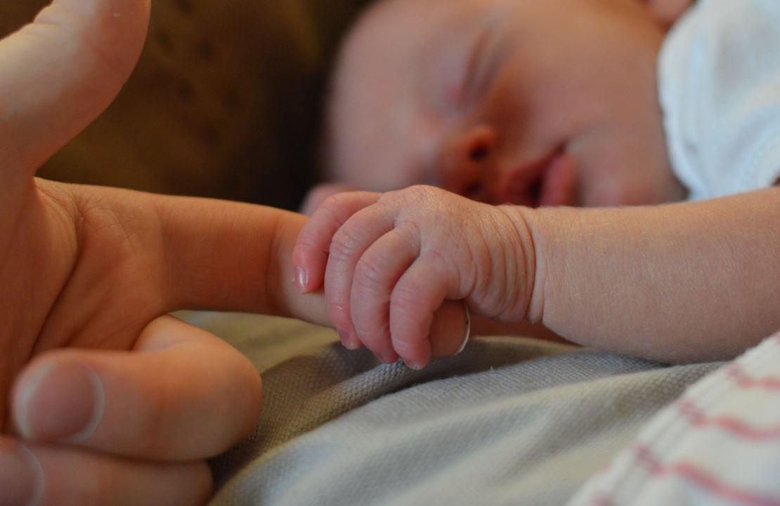 יד_תינוק