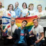 נציג צרפת לאירוויזיון נפגש עם ותיקי הקהילה הגאה בישראל: תודה על העבודה שעשיתם למען הדור שלי