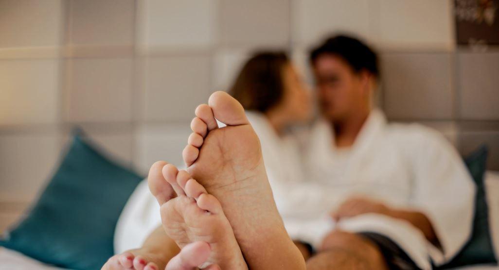 photo-of-couple-s-feet-3767393