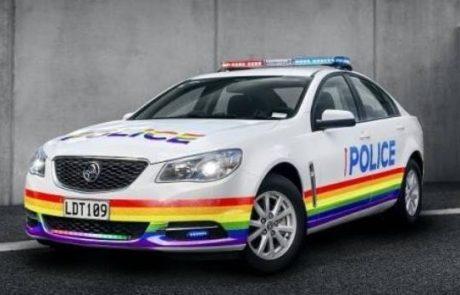 """מפכ""""ל משטרת ניו זילנד ילווה את מצעדי הגאווה בניידת גאווה מיוחדת"""